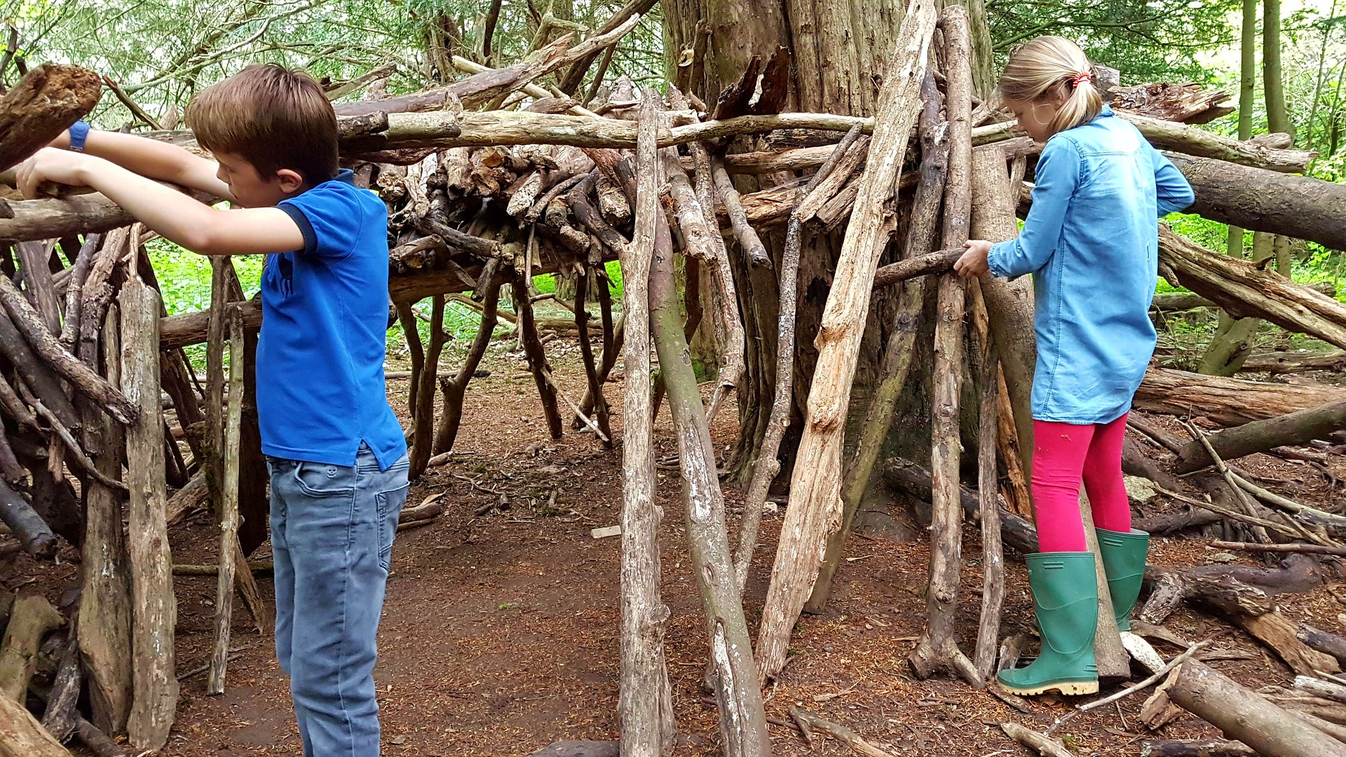 Outdoor Immersive Learning